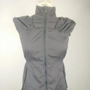 Lululemon vest 4